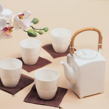 국화문 활용 컵