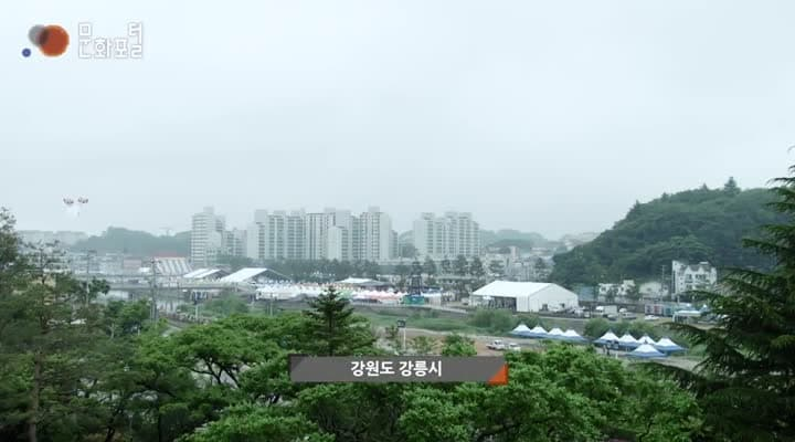 [한국문화100]마을 신앙의 중심 서낭당